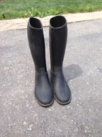 Youth riding/barn boots size 1