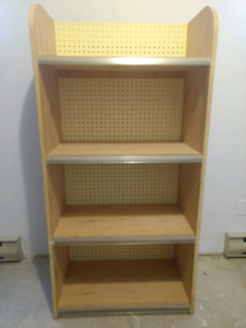 Sturdy storage/display shelving unit