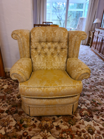 Traditional 3 piece suite with storage footstool
