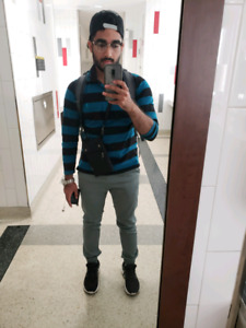 Looking for a room, Dal Student