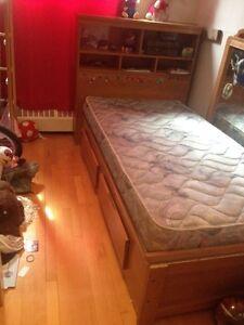 Lit tete de lit en bois capitaine