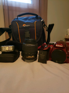 D3200 Nikon camera+18-55mm lens+speedlight+battery and charger