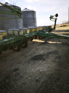 looking for 7000 JD planter parts