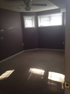 Rooms for rent near Fleming College Peterborough Peterborough Area image 2