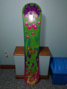 Youth snowboard - new, without bindings