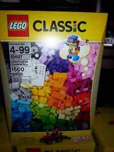 Lego 1500 pieces set #10697  Belleville Belleville Area image 1
