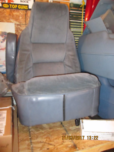 DODGE RAMCHARGER BUCKET SEATS, CONSOLE & SEAT MOUNTS, 1986