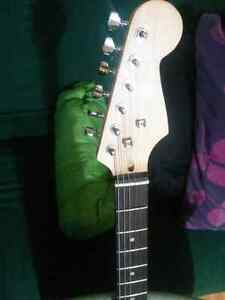 Electric Guitar for sale - price negotiable Kitchener / Waterloo Kitchener Area image 8