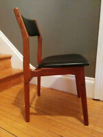 Set of 4 Solid Teak Dining Chairs