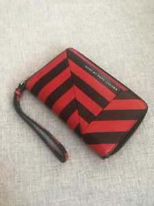 MARC JACOBS Leather Wristlet Wallet - VERY Gently Used!
