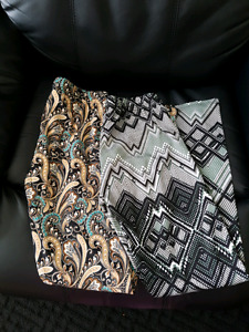 Womens leggings, two pairs size large