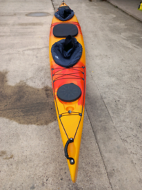 18FT 2 SEATER SIT IN SEA TOURING KAYAK CANOE