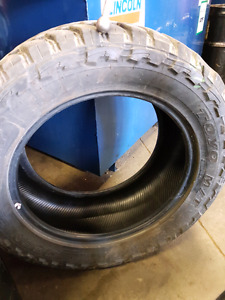 One tire 33x12.50r20