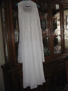 Belle robe longue avec dentelle SPECIAL