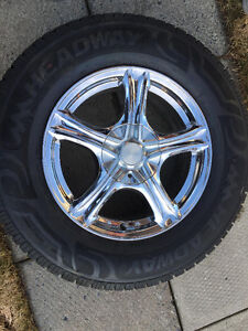 4 pneus d'été flambant neuf avec mags rtx 16 pouces