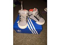 Adidas Boys Trainers Toddler Size 3K