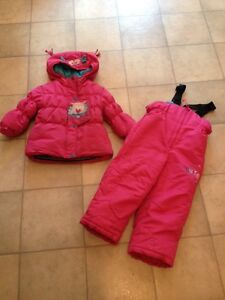Toddler girls snowsuit - Size 2