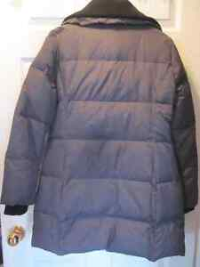 ** NEW ** Michael Kors Down Filled Coat - Quilted Style - Small Cambridge Kitchener Area image 4