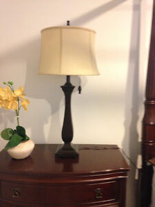 SET OF 2 TABLE LAMPS - ESPRESSO WITH TAUPE SHADES (LIKE NEW) London Ontario image 3