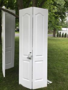 Portes de garde-robes pliantes ( 2 )
