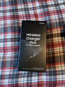 Samsung Wireless Charger Duo BNIB