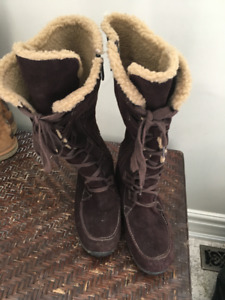 Ladies' Timberland Boots Size 10W