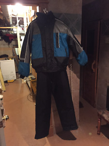 Snow/Skidoo Suit 2 piece, Size Large