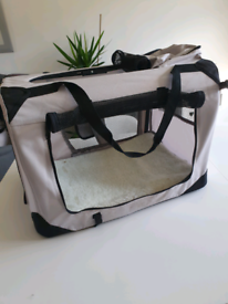 Dog crate / carry case - grey