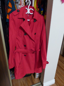 Medium Women's 18 pocket trench