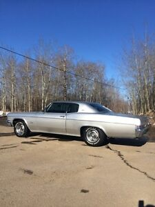 1966 Chevrolet Classic {2 Door }Coupe