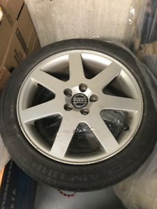 2005 VOLVO S40  OEM 17 INCH RIMS + SUMMER TIRES