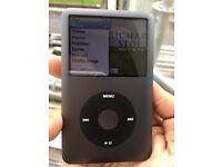 Apple iPod classic 7th gen 120GB black loud