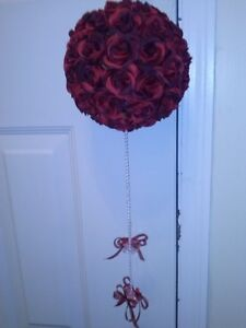 WEDDING DECORATIONS IN DARK RED, WHITE, BLACK FOR SALE $25