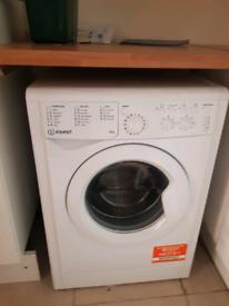 INDESIT - IWC 81483 6- 8kg Washing Machine - Under Guarant
