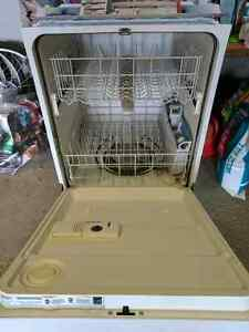 Whirlpool Dishwasher (doesn't fill) Edmonton Edmonton Area image 2