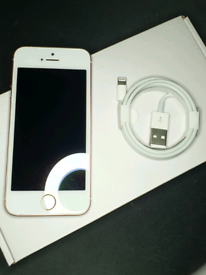 iPhone SE Rose Gold 64gb Unlocked Apple in Great Condition w/ Charger