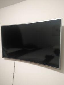 "Tv Samsung  56"" +support mural / SmartTV Samsung 56''"