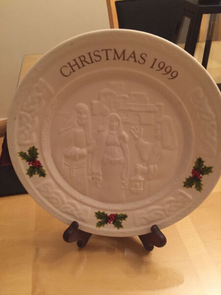 Christmas 1999 Porcelain Plate with stand