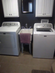 Like new Maytag  electric washer and dryer set