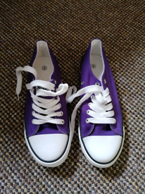 Converse All Star shoes trainers size 6 new