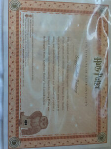 "Harry Potter ""Gryffindor Victory"" Collectors Piece Sarnia Sarnia Area image 3"