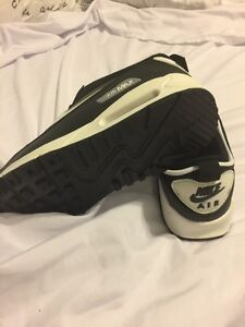 Air Max Black size 9.5 for Male...unauthentic never worn. St. John's Newfoundland image 4
