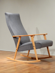 Chaise berçante scandinave / Scandinavian rocking chair