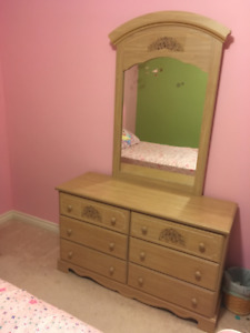 Dresser and night tables for child