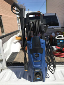 Pressure Washer For Sale.