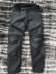 Pantalon de cuir moto - Icon Hypersport