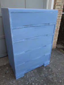 Vintage Chest of Drawers Dresser