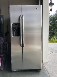 Refrigerator for Sale - Near Perfect Condition