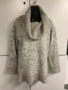 Dalia sz med cowl neck sweater