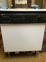 Dishwasher (built-in) in good used condition